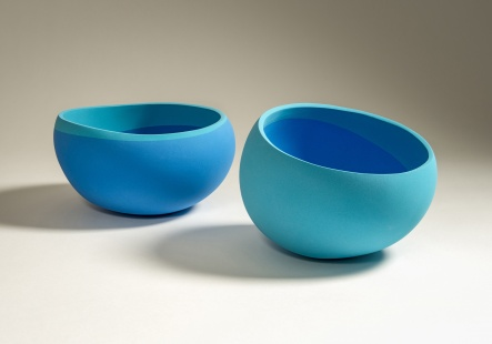 Vessels with two blues
